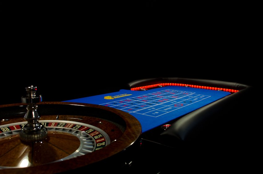 Red lights LED Casino tables