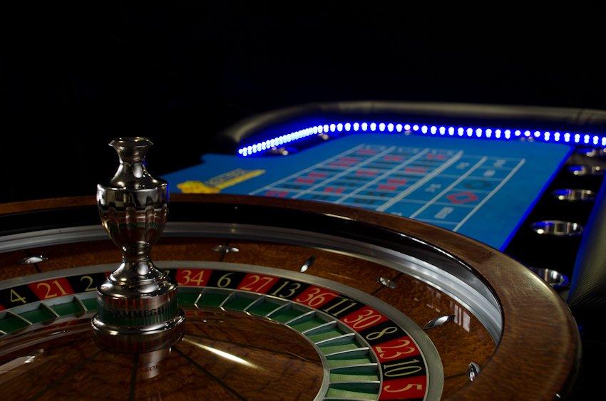 Elegant roulette wheels